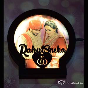 Personalized Round Couple Photo Wooden Name Board